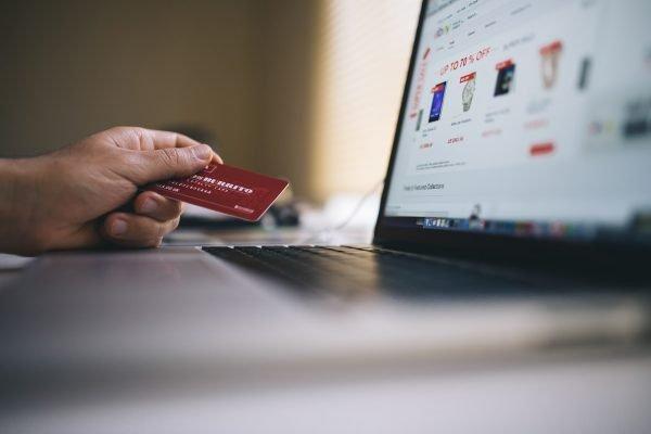 Säästä talousmenoissasi virtuaalisessa rajakaupassa